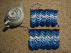 Scallop Tea Cosy   FREE PATTERN (Australian, English Instructions) USE THE CORRECT INSTR...