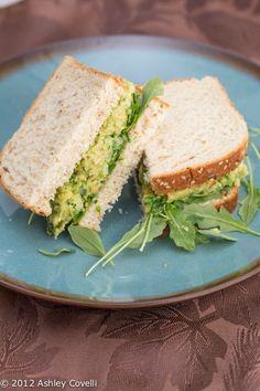 Recipes for spring - Smashed Chickpea & Avocado Salad Sandwich - Vegan - http://bestrecipesmagazine.com/recipes-for-spring-smashed-chickpea-avocado-salad-sandwich-vegan/
