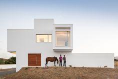 """Mostra """"Local x global: a arquitetura como lugar"""""""
