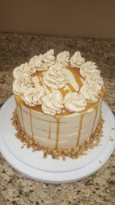 pumpkin cake with brown sugar cinnamon buttercream icing
