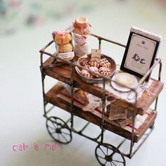 . ※ miniature sweets wagon ※  Autor: calin la main.  ♡ ♡