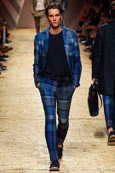 Pitti Uomo: Missoni - Spring 2014 -- those pants, that pattern #menswear #suit