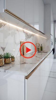 Pin on 家居装潢 Luxury Kitchen Design, Kitchen Room Design, Luxury Kitchens, Modern Bathroom Design, Home Decor Kitchen, Interior Design Kitchen, Ceiling Design Living Room, Home Ceiling, Küchen Design