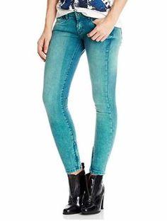 Pepe Jeans Vaqueros Ajustados Para Mujer Ofertas Especiales Y Promociones  Caracteristicas Del Producto: 92% Algodón, 6% Poliéster, 2% Elastano baja C