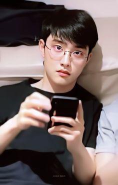 Image about kpop in # EXO by ✰ on We Heart It Kyungsoo, Exo Chanyeol, Exo Ot12, Kaisoo, Chanbaek, Do Kyung Soo, D O Exo, Exo Official, Exo Lockscreen