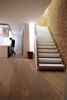 Home Sweet Home - Fossò, Italy - 2012 - 3ndy Studio #interiors #design #stair