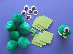 Cute alien Pom Pom craft  ***NO link, but looks easy enough to figure out :)