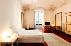 Typischer restaurierter Altbau in Verbindung mit modernen Möbeln Siehe mehr unter http://www.woonio.de/wohnideen/typischer-restaurierter-altbau-verbindung-mit-modernen-moebeln/