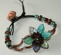 Beaded Garden Flower Bracelet 111 by DESIGNBYSTARLA on Etsy, $20.00