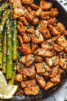 Garlic Butter Chicken Bites and Lemon Asparagus - - So much flavor and so easy to throw together, this chicken and asparagus recipe is a winner for dinnertime! - by recipes for dinner healthy Garlic Butter Chicken Bites with Lemon Asparagus Healthy Dinner Recipes For Weight Loss, Best Dinner Recipes, Good Healthy Recipes, Vegetarian Recipes, Cooking Recipes, Cooking Icon, Paleo Food, Dinner Ideas Healthy, Healthy Chicken Dinner