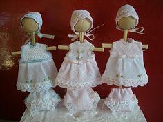 Pilar Calle Dollhouses Miniaturas: nuevos vestidos