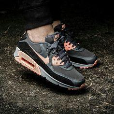 quality design 0053e 44827 Die 62 besten Bilder von  shoes   Adidas sneakers, Fashion s