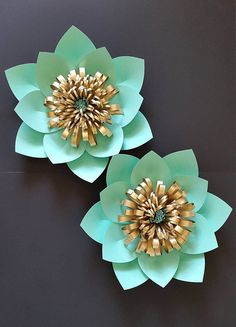 Paper flower backdrop Set of 2 flowers in mint green and