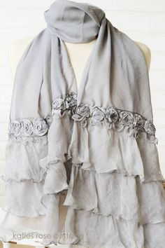 scarf with ruffles and roses