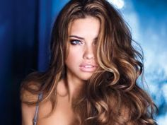 Tousled Hair! ;) .. (Light Brown w. Golden Highlights) #AdrianaLima