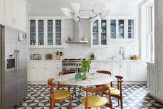 Klasszikus konyha cementlap burkolattal - konyha / étkező ötletek, klasszikus stílusban