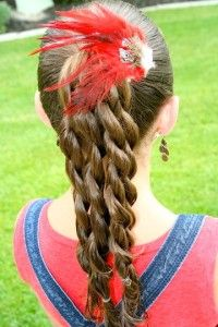 25 Quick & Easy Hairstyles for Little Girls POSTED BY JAIME MORRISON CURTIS ON SEPTEMBER 11TH, 2012 AT 10:15 AM    0      Back to school pictures should be happening any day now, so I pulled together some adorable hairstyles for your little sweetie to try out. Most of them are so simple you could do them on your average school day (would you?). Check out 25 Quick & Easy Hairstyles for Little Girls…