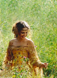 Senator Amidala - Star Wars Episode II - Attack of the Clones.this dress is one of my favs