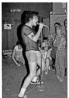 Henry Rollins with Black Flag, May 1983  [happy bday Henry Rollins!!]