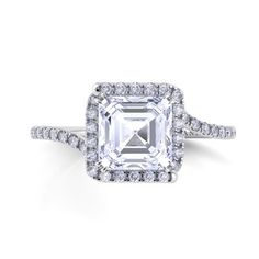 Danhov Abbraccio Engagement Ring