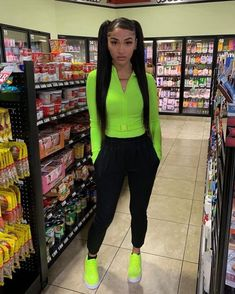 View more ideas about Style outfits, Swag outfits and Female style. Chill Outfits, Dope Outfits, Swag Outfits, Trendy Outfits, Summer Outfits, School Looks, Fashion Killa, Girl Fashion, Fashion Outfits
