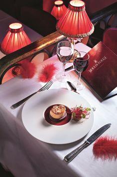 Foie gras au vin chaud et à la betterave Kouign Amann, Marie Claire, Entrees, Table Decorations, Cooking, Food, Nouvel An, Chefs, Gourmet