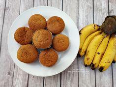 Lynn's Kitchen: Light and Spongy Banana Cupcake