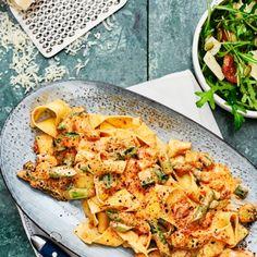 Zucchini, Base Foods, Fish And Seafood, Paella, Good Food, Healthy Recipes, Healthy Food, Food And Drink, Vegetarian