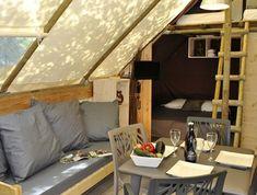 Glamping Frankrijk: Luxe tenten en houten bungalows, tussen de wijngaarden. Dat is glamping in de Provence. Gespot op: http://www.zook.nl/kamperen/glamping-de-provence