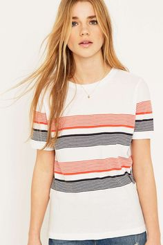 Urban Outfitters – Gestreiftes T-Shirt in Weiß