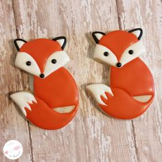 Super Sweet Fox Cookies is the latest trend among a lot of kids and the best part is that they love it a lot, check it out right now Fancy Cookies, Fox Cookies, Cut Out Cookies, Iced Cookies, Cookies Et Biscuits, Cupcake Cookies, Cupcakes, Sugar Cookies, Cookie Frosting