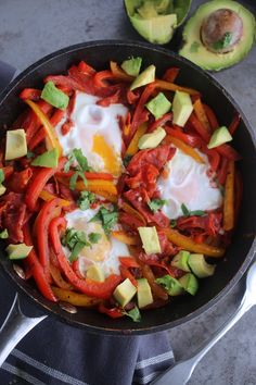 Egg Natural Born Feeder, Eggs In Peppers, Come Dine With Me, Breakfast Recipes, Restaurant, Healthy Recipes, Stuffed Peppers, Dining, Ethnic Recipes