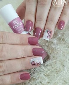 Installation of acrylic or gel nails - My Nails Beautiful Nail Art, Gorgeous Nails, Pretty Nails, Pedicure Nails, Toe Nails, Vacation Nails, Classic Nails, Best Acrylic Nails, Flower Nails