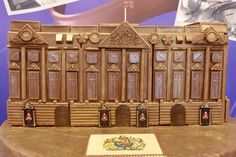 CONFECTIONARY giant Cadbury has unveiled a new creation to honour the Queen's birthday – a model Buckingham Palace made completely from CHOCOLATE. Queen 90th Birthday, Chocolate Fountains, Buckingham Palace, Gingerbread Houses, Holiday Decor, Image