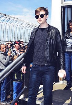 Dane DeHaan just landed in London!!!! He's getting greeted by fans but looked miserable when doing so. He's probably missing his wife. Focus! The more you focus the sooner you'll get done and the faster you'll be able to rush to LA and see your wife again! Good luck Dane!
