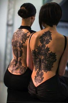Ideas Of Meaningful And Great Tattoos For Girls Shoulder Tattoos For Women, Back Tattoo Women, Tattoo Girls, Girl Tattoos, Tatoos, Hot Tattoos, Body Art Tattoos, Sleeve Tattoos, Arabic Tattoos