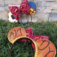 Toy Story Woody Minnie ears, Mouse ears, Jessie Ears, Buzz Lightyear ears Headband, Hair Accessory - The Trend Disney Cartoon 2019 Disney Diy, Diy Disney Ears, Disney Mickey Ears, Disney Crafts, Disney Trips, Disney Bows, Disney 2017, Minnie Mouse, Toy Story
