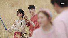 Cameo vài giây, Lee Sung Kyung nổi hơn cả đôi chính Khi Nàng Say Giấc - Ảnh 4.