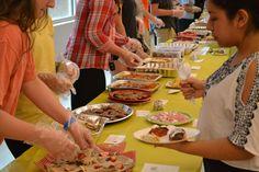 https://flic.kr/p/Go1g6v | DSC_0803 La comida es un otro forma para compartir su cultura porque todos regiones tiene comidas que estaba famosos para. Cuando comes comida del un otro lugar, es como si vas al zona para un tiempo corto.