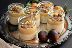 Verrines au trio à l'érable | Une mère poule un peu dingue Mousse Dessert, Mini Desserts, Easy Desserts, Cold Desserts, Dessert In A Jar, Bon Dessert, Desert Recipes, Quebec, Brunch