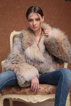 Lynx, Fox Fur Coat, Fur Coats, Fur Coat Fashion, Real Beauty, Fur Babies, Faux Fur, Sexy Women, Womens Fashion