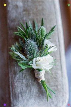 How to Choose Winter Boutonniere 60 Ideas - Beauty of Wedding Yellow Wedding Flowers, Rose Wedding Bouquet, Winter Wedding Flowers, Fall Wedding Bouquets, Green Wedding, Floral Wedding, September Wedding Flowers, Bridal Flowers, Bridal Bouquets