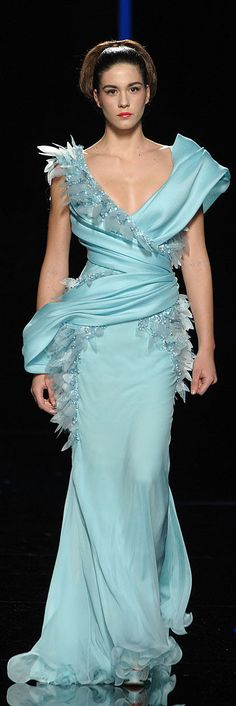 Abed Mahfouz - Couture - Spring-Summer 2010 http://en.flip-zone.com/fashion/couture-1/independant-designers-41/abed-mahfouz-1584