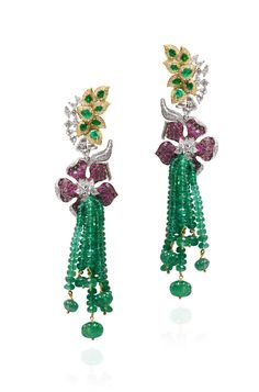 Anmol Jewelers (Mumbai) – Zambian emerald, Mozambican ruby and diamond suite set in 18k yellow and white gold.