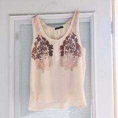 Sequin Detailed top From the adorable brand Francesca's! Perfect condition worn 2 times! Perfect day to night top, wear with a blazer to work then put at night alone! Not topshop lists for visibility! Francesca's Collections Tops Blouses