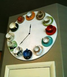 DIY Teacup Clock ~ love this!