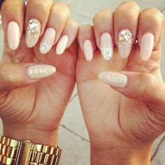 Get ready for some manicure magic as we bring you the hottest nail designs from celebrities, beauty brands and the catwalks Nail Swag, Nail Bling, Gold Nail, Rhinestone Nails, Glitter Nails, Crazy Nails, Dope Nails, Zendaya Nails, Gel Nagel Design