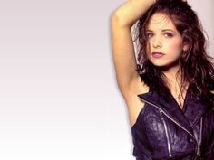 Wallpaper of Sarah Michelle Gellar for fans of Sarah Michelle Gellar 179546 Sarah Michelle Gellar, Deanna Russo, Belle Perez, Carly Schroeder, Cameron Richardson, Christy Hemme, Constance Marie, Lindsay Price