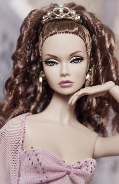 PoppyParker as CorrieBratter Porcelain Doll Makeup, Porcelain Dolls Value, Barbie Fashionista, Beautiful Barbie Dolls, Pretty Dolls, Lifelike Dolls, Barbie Hair, Poppy Parker, Dolls For Sale