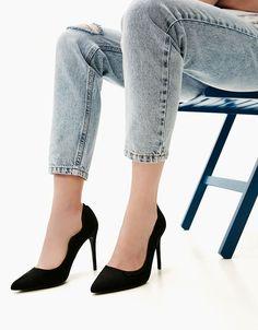 a9c020b9268 Ψηλά τακούνια - ΠΑΠΟΎΤΣΙΑ - ΓΥΝΑΙΚΑ - Bershka Greece Stiletto Heels